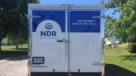 Showroom: Mobile presentation unit - outside